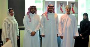 وفد من وزارة الشؤون القانونية يزور هيئة التشريع والإفتاء القانوني بالبحرين