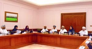 مجلس الدولة يستعرض استعداداته لزيارة الوفد البرلماني البولندي الى السلطنة