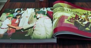 """""""كشافة ومرشدات عمان تطور وإنجاز"""" كتاب جديد يوثق 12 محورا عكست النمو والتطور الكشفي بالسلطنة"""