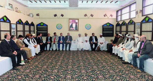 بحث تأسيس شراكات تجارية واقتصادية بين السلطنة وأفغانستان