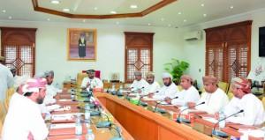 تشكيل بعض اللجان المتخصصة بالمجلس البلدي لشمال الباطنة
