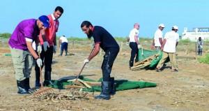 حملات تنظيف وتشجير وتعريف بمحمية القرم الطبيعية في برامج احتفالات السلطنة بيوم البيئة العماني