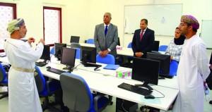 المعهد العالي للقضاء بنزوى يستقبل وفد المنظمة العالمية للملكية الفكرية (الويبو)