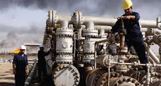 الخام العماني يتراجع دولارا و74 سنتاً والأسعار العالمية تهبط مع تزايد مخاوف التخمة