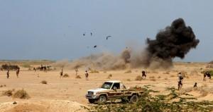 اليمن : قوات هادي على مشارف ميناء المخا .. وغارات مكثفة للتحالف على مواقع أنصار الله