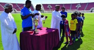 ختام دوري كرة القدم لمدارس الحلقة الأولى بمحافظة الظاهرة