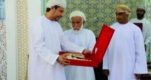 تزكية عبدالله الهنائي رئيسا لادارة فريق بلادسيت بنادي بهلاء لفترة رابعة على التوالي