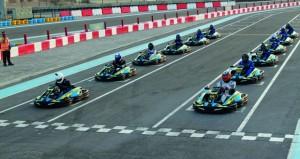 38 متسابقا يلهبون سباق اس دبليو اس للكارتينج