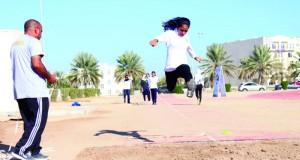 ختام ناجح لبطولة ألعاب القوى لكلية الخليج ولجنة الرياضة المدرسية لطالبات المدارس الخاصة والدولية