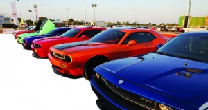 400 سيارة تشارك في مهرجان معرض السيارات والدراجات الكلاسيكية والمطورة