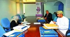 اللجنة الرئيسية للمفاضلة تبدأ تقييم المبادرات المتأهلة على مستوى السلطنة