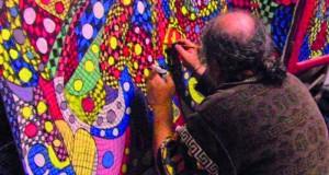 الجزائريّ أرزقي محتوت .. تشكيليٌّ يرسم بطريقة التداعي الحر