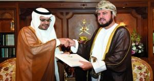 جلالة السلطان يتلقى دعوة لحضور مهرجان الرياض لسباق الهجن