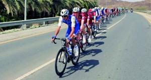 الكسندر كرستوف بطل المرحلة الأولى من (طواف عمان)