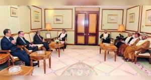 يوسف بن علوي يستقبل الأمين العام للأمم المتحدة