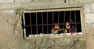 قوات كبيرة لدولة الاحتلال تقتحم العيسوية وتحولها لثكنة عسكرية