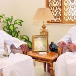 وزير الخدمة المدنية يستقبل مدير عام المركز الإحصائي الخليجي