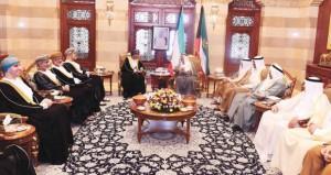 جلال السلطان يقيم حفل عشاء تكريما لأمير الكويت