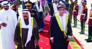 أمير دولة الكويت يغادر البلاد