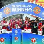 اللقب لمانشستر يونايتد بهدفي ابراهيموفيتش في كأس الرابطة الانجليزية