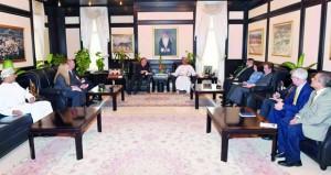 الرواس يستقبل رئيس المجلس الوطني للعلاقات العربية الأميركية