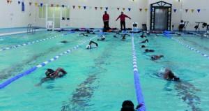 اليوم … منتخبنا الوطني للسباحة يبدأ منافسات بطولة الخليج الـ 14 للسباحة بالدوحة