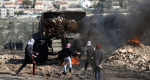 الفلسطينيون يعتبرون موقف واشنطن من الاستيطان (غير مقبول)