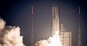 الهند تنجح في إطلاق 104 أقمار اصطناعية دفعة واحدة إلى الفضاء