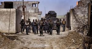 """العراق: الجيش يتقدم غرب الموصل ويبنى جسر امداد على """"دجلة"""""""