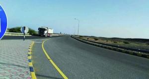 مستخدمو طريق الحوقين ـ السويق يطالبون بإنارته للقضاء على الحوادث المرورية المتكررة