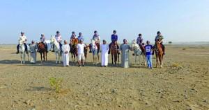 (عمان على ظهور الخيول) يختتم مرحلته الأولى