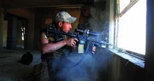 القوات العراقية تحرر مناطق جديدة بالموصل .. ومقتل مدني وإصابة 4 بتفجير قرب مقهى شعبي