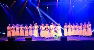 فرقة الشهباء للفنون الشعبية بنزوى تشارك في مهرجان الشلة الشعبية بالشارقة