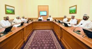"""لجنة معالجة تداعيات الأزمة الاقتصادية بـ""""الشورى"""" تراجع توصياتها النهائية"""