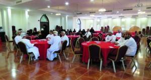 حلقة بالرستاق تناقش أداور ومهام لجان حماية الطفل من الإساءة