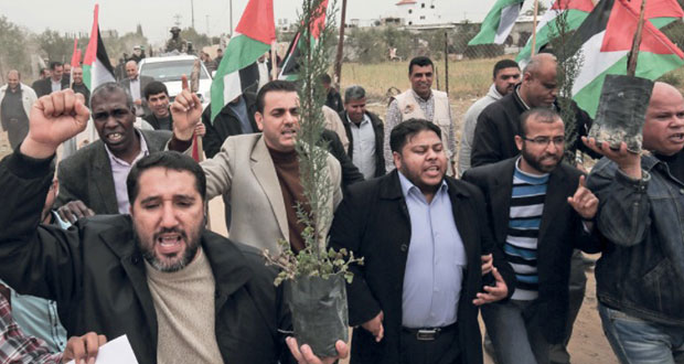 الفلسطينيون يحيون يوم الأرض بالتأكيد على تحريرها واستعادة حقوقهم المسلوبة.. والمقاومة خيار استراتيجي