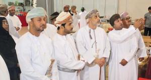 أفتتاح معرض مكتبة النهضة للكتاب بمحافظة ظفار