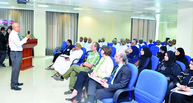 الكلية العالمية للهندسة والتكنولوجيا تنظم فعالية تعريفية بموقع جراد لينك في الخليج