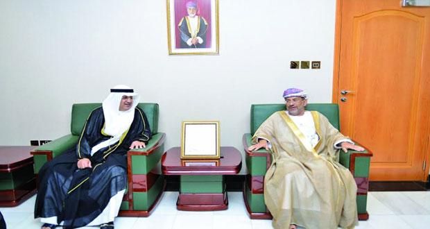 الوفد القضائي الكويتي يتعرف على آليات العمل بالادعاء العام ووزارة العدل