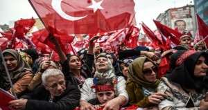 تركيا تلمح للاستفتاء على محادثات الانضمام لـ(الأوروبي) .. وتستدعي السفير السويسري