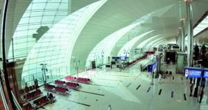 مطار دبي يبدأ حظر الأجهزة الإلكترونية في الرحلات