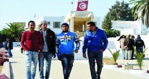 تونس: الحكومة تخطط لاستخدام السوار الإلكتروني للحد من اكتظاظ السجون