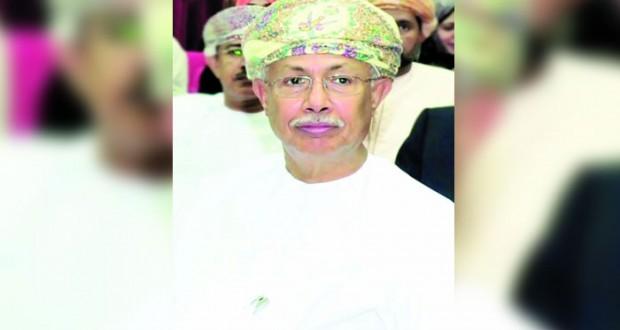 عبدالعزيز الرّواس يرعى الحفل الختامي لأنشطة نادي نـزوى