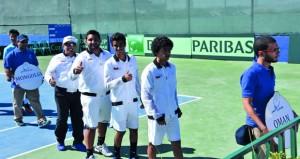 منتخبنا الوطني للتنس يواصل استعداداته المكثفة قبل انطلاق بطولة كأس ديفيز الدولية بالبحرين