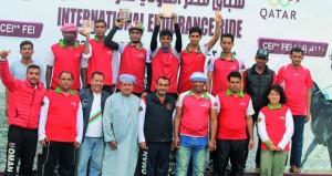 في سباق قطر الدولي للقدرة والتحمل.. فوز فرسان الخيالة السلطانية بالمركزين الثالث والرابع