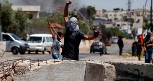 الاحتلال يقمع (غضبة) دعم الأسرى .. ويخطط لتسمين الاستيطان بـ15 ألف وحدة بالقدس