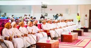 """نادي الرستاق يقدم مسرحية """"الغرّاق"""" في ختام أنشطته الشبابية"""