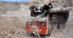سوريا: مقتل وجرح 5 جنود في قصف إسرائيلي على معسكر نبع الفوار بالقنيطرة