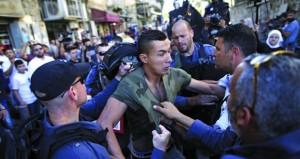 جيش الاحتلال يشن حملة اعتقالات في الضفة تطال أكثر من 30 فلسطينيا