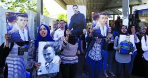 سلطات الاحتلال تنكل بـ(أسرى الحرية) وشهادات مفزعة حول أوضاعهم الصحية